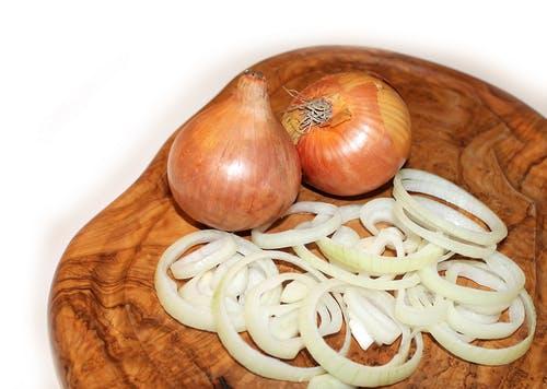 onion-cutting-board-food-vegetables-38269